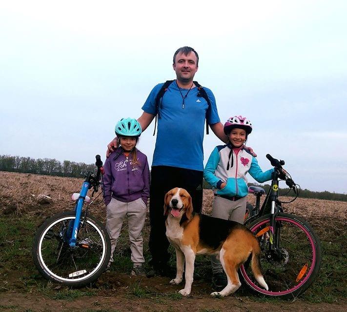 Я на пробежке с детьми и собакой